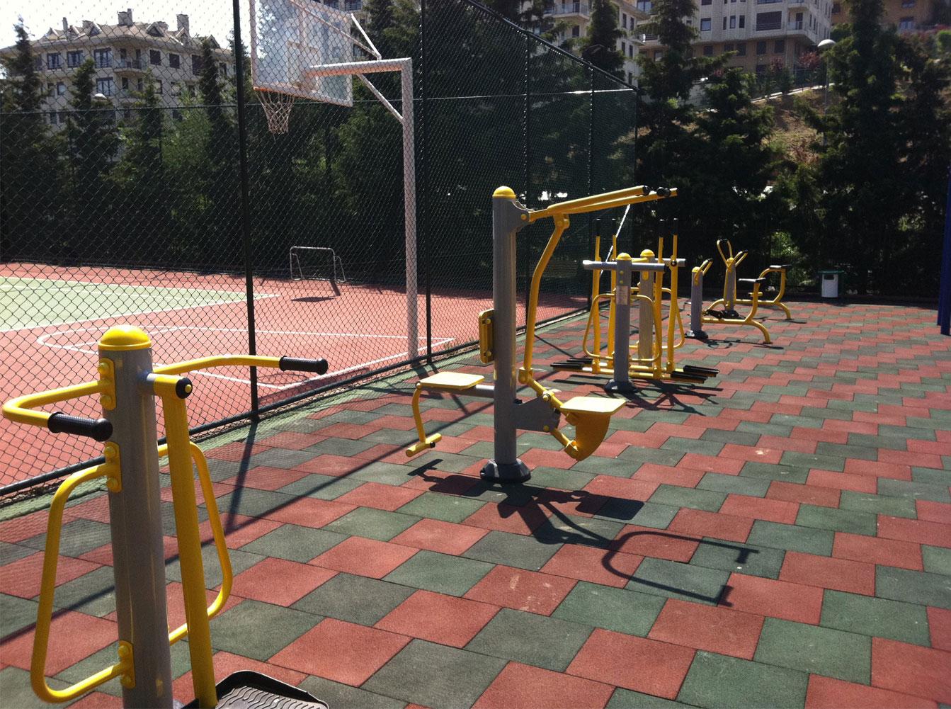 Açık alan park kondisyon spor ekipmanları fitness