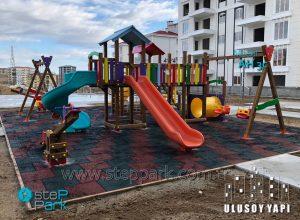 ulusoy yapı inşaat ahşap çocuk oyun parkı